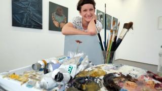 Von Frauen für Frauen: Ersteigere ein Kunstwerk von Ulrike Theusner für einen guten Zweck